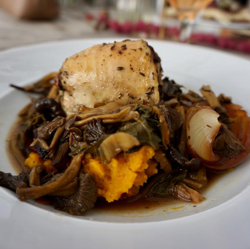 eating vegan food in stockholm
