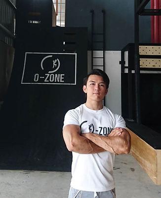 Irwan, O-Zone Fitness Calisthenics Freestyle Coach