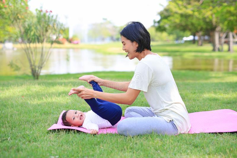 Parent & Baby Yoga