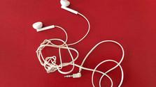 Pourquoi mes cordons d'écouteurs s'emmêlent toujours ?