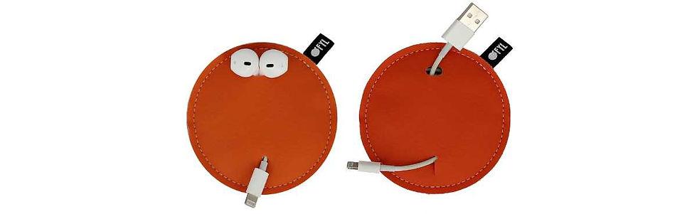 Ofyl orange USB et écouteurs FAQ.jpg