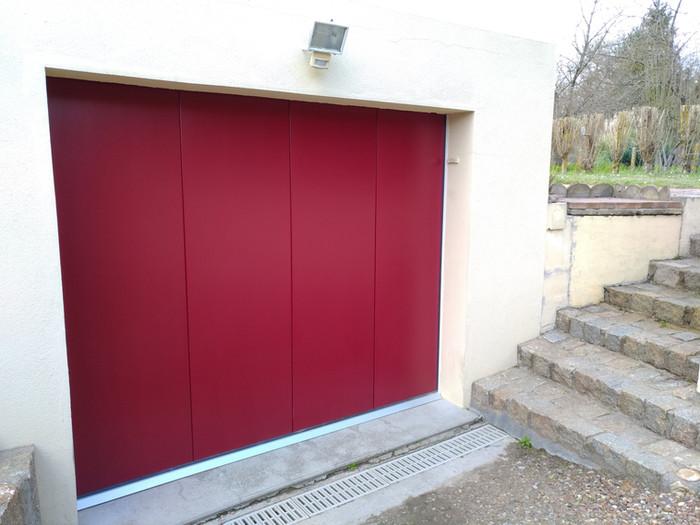 Porte de garage à Brains sur allonnes