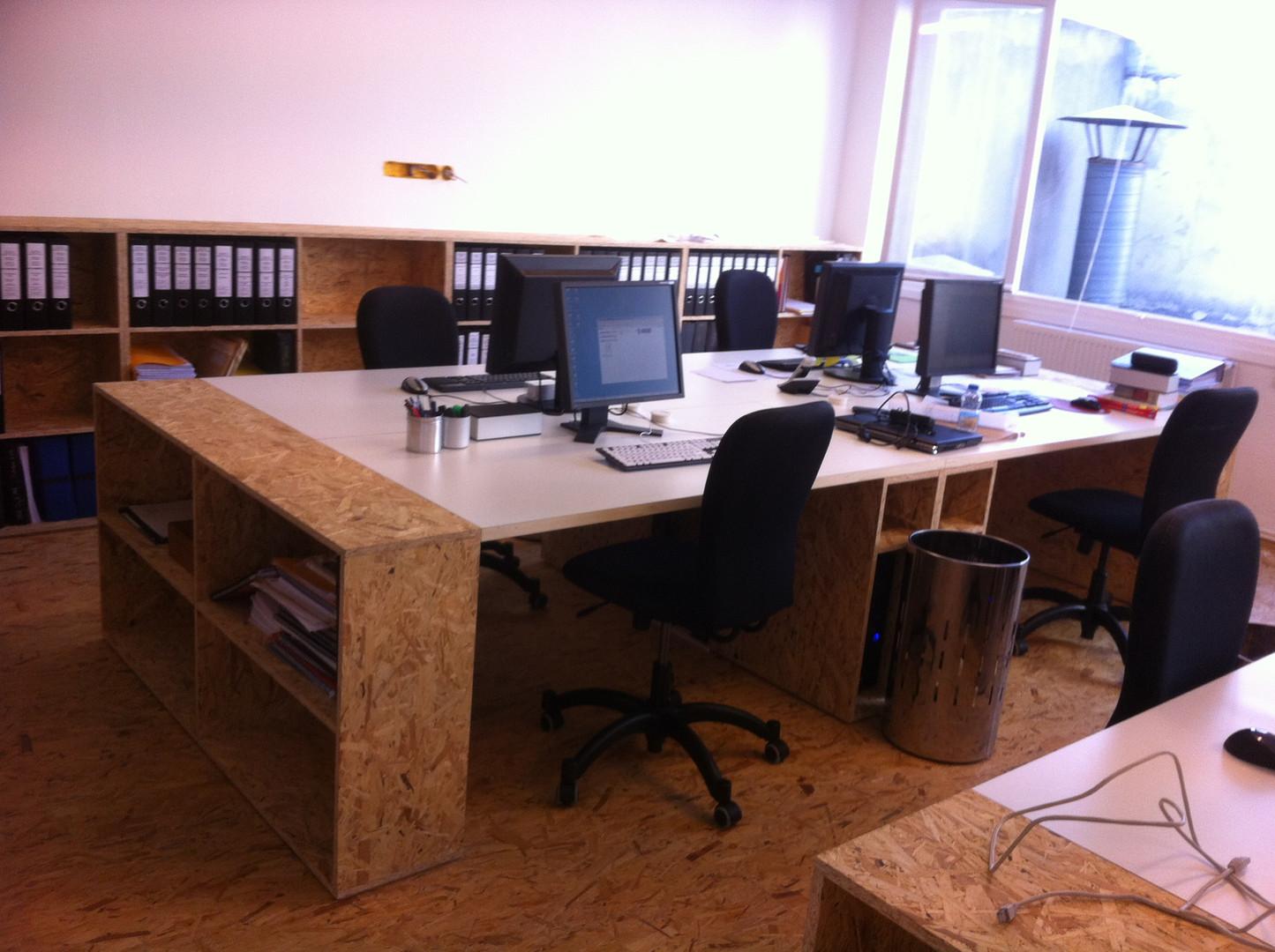 Mobilier en bois pour des bureaux d'architects