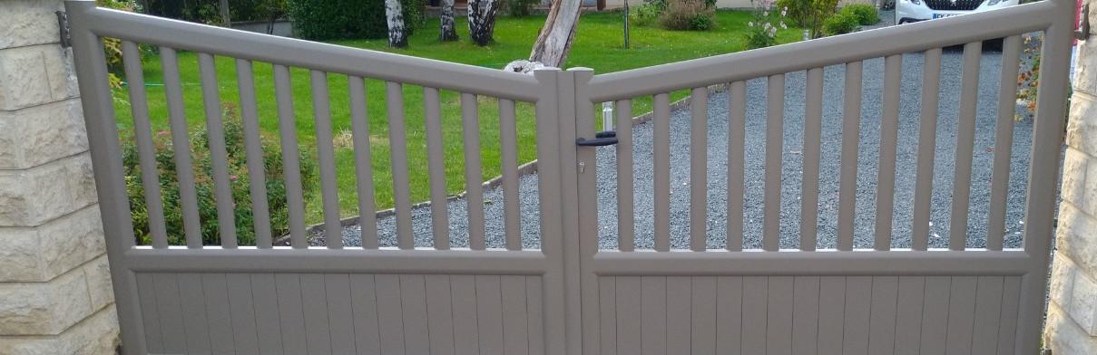 Portail battant et clôture à Saumur