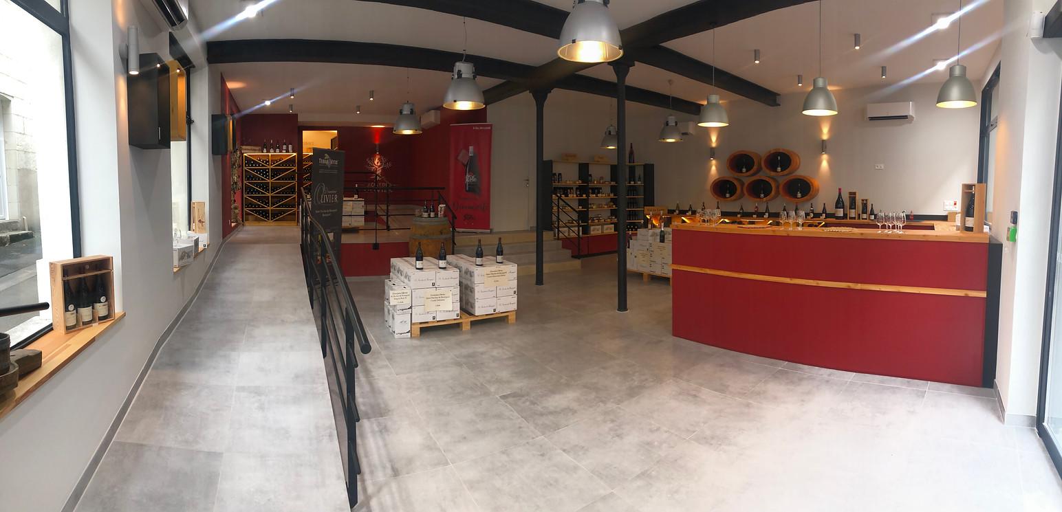 Intérieure de magasin complet à Bourgueil