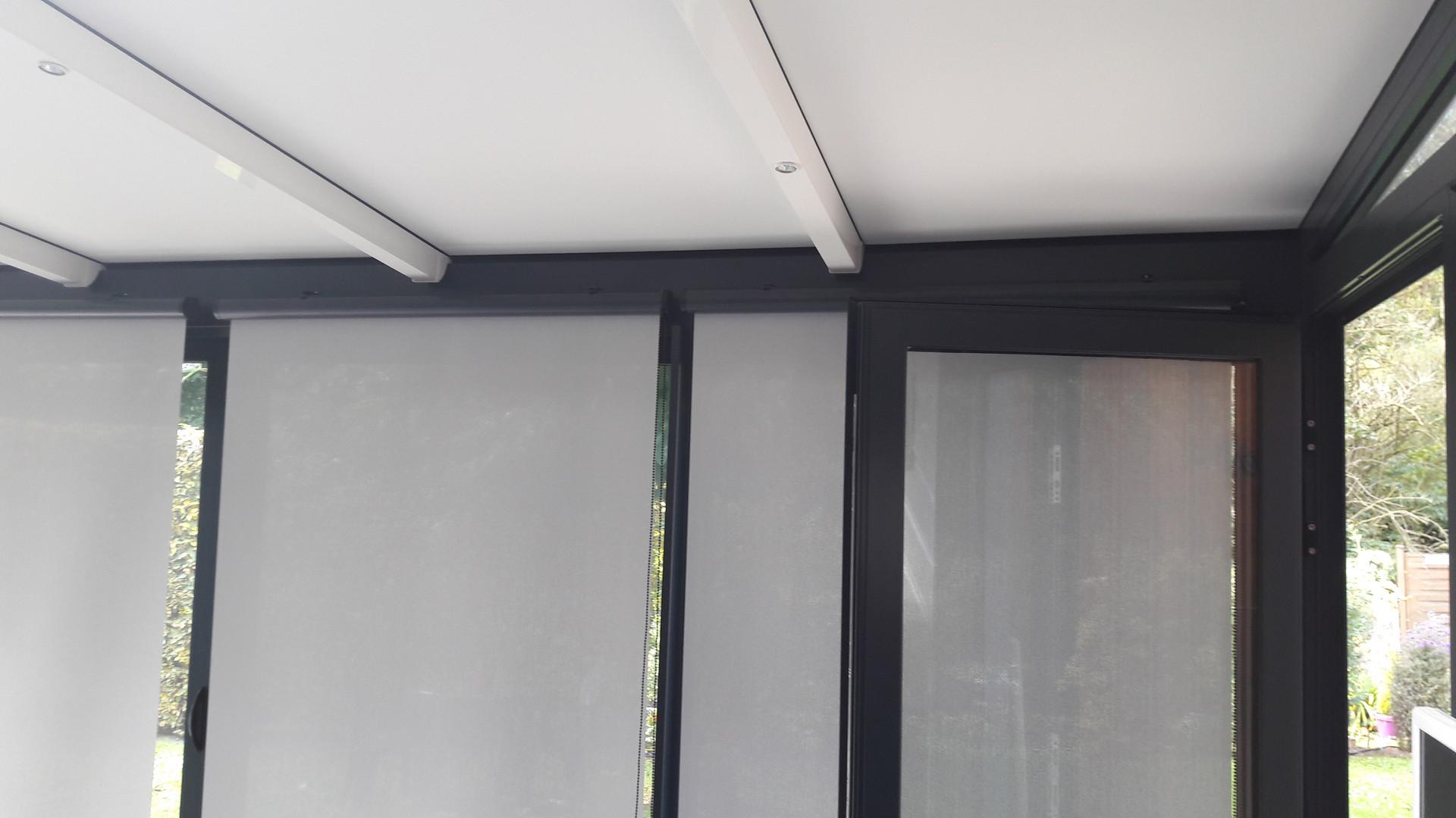 Store Intérieur de véranda