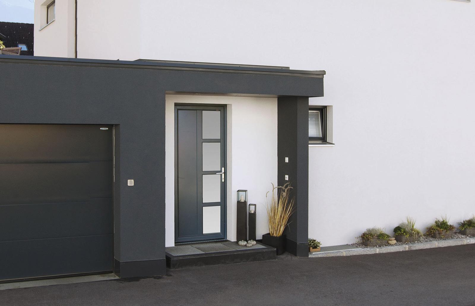 Porte d'entrée KF 310  Ral : 7016 Gr