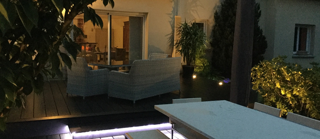 Terrasse en composite 7016 avec LED