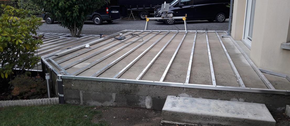 Préparation des lambourdes pour terrasse composite