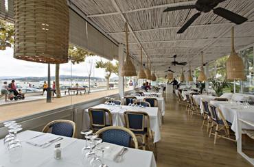 corniche restaurant plage1.jpg