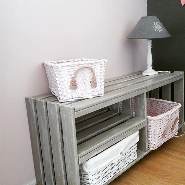 petit banc pour une chambre de fillette