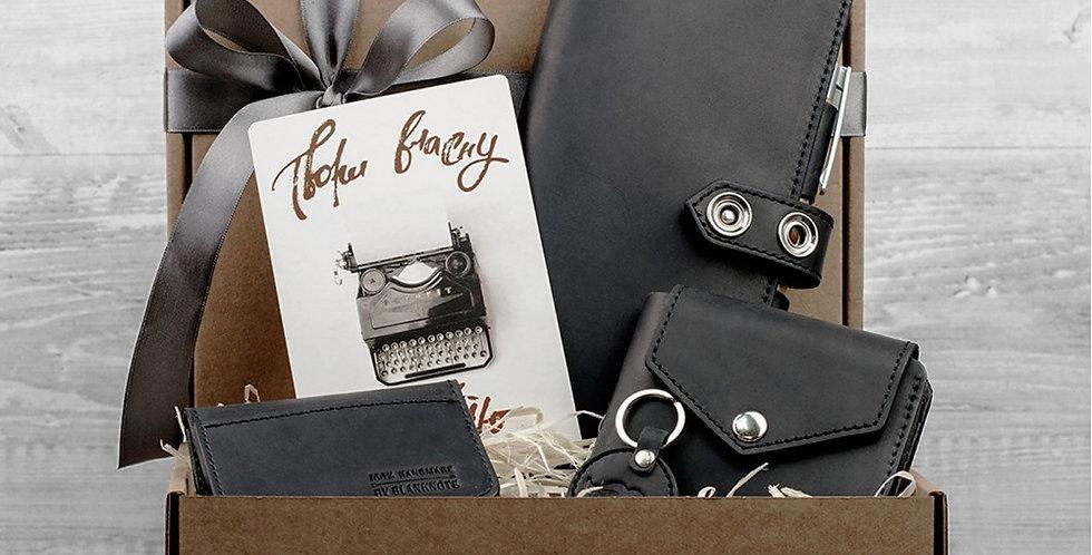 Подарочный набор кожаных аксессуаров ручной работы черного цвета