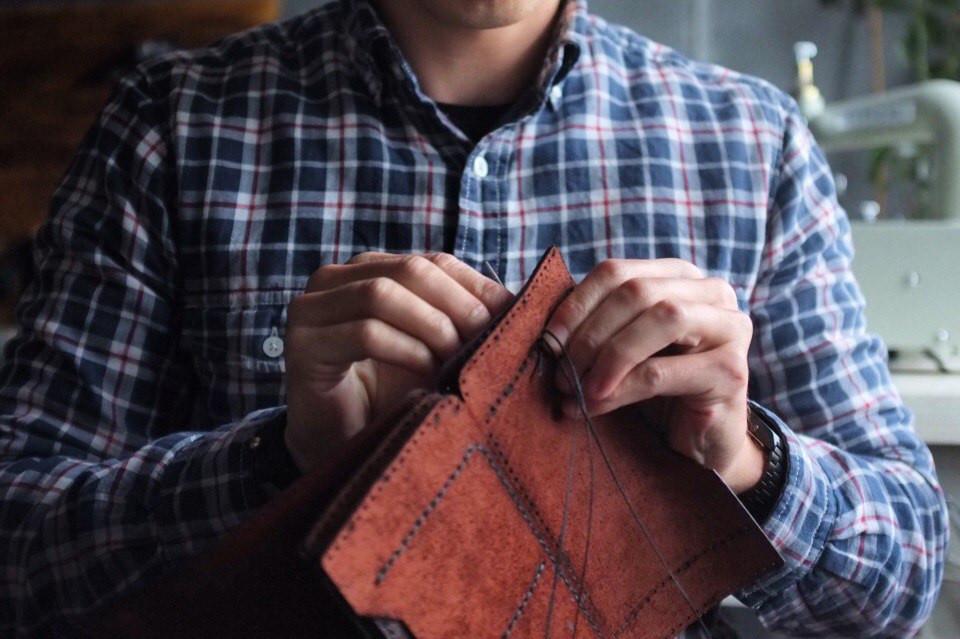 11 советов по уходу за кожаными изделиями
