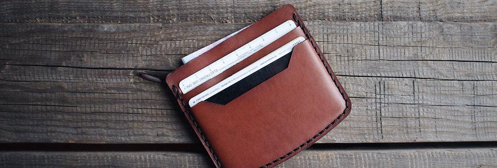 Дизайнерский холдер для карт ручной работы коричневого цвета