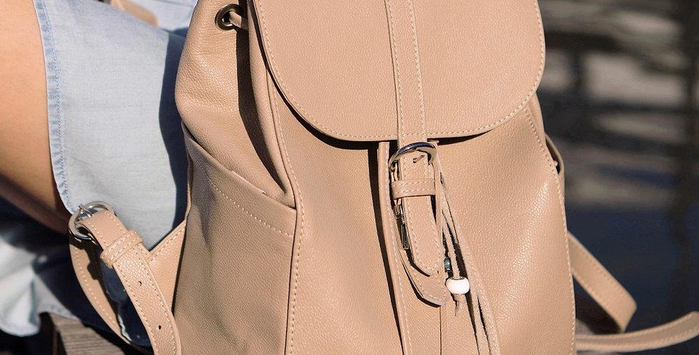 Кожаный рюкзак ручной работы бежевого цвета