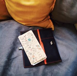 Прекрасный подарок к 8 марта для путешественницы - тревелбук ручной работы