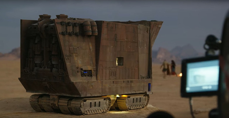 Sandcrawler Model on location