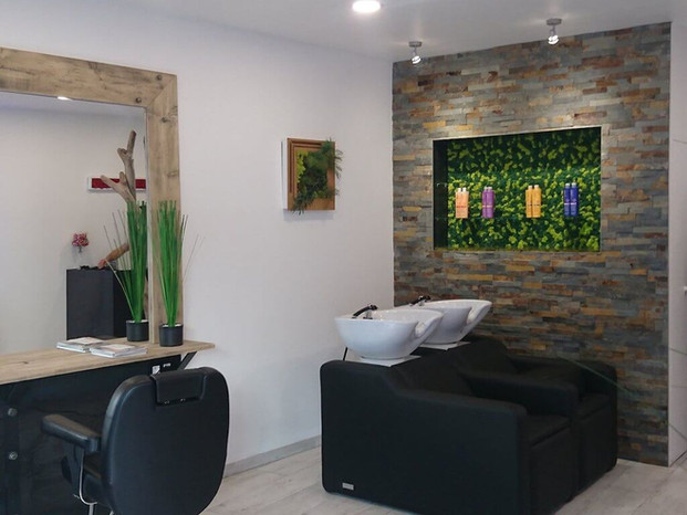 ONLY CUT - Hairdressing salon