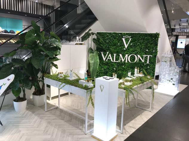 VALMONT - Corner