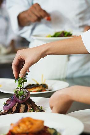 Chef Garnissage un repas