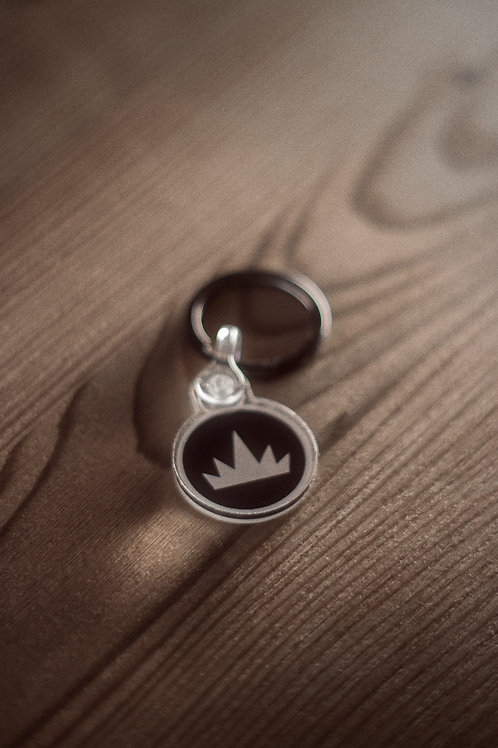acrylic 'crown' keychain with ring.