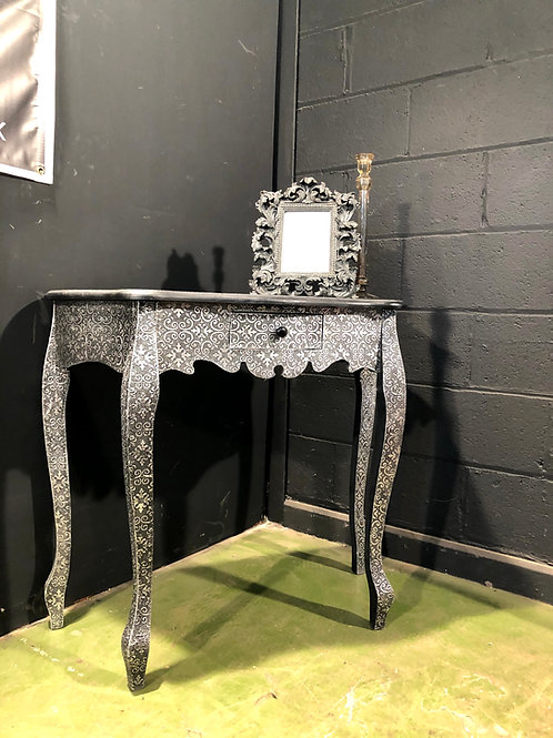 Marrakesh Console Table (b) Embossed Metal Silver