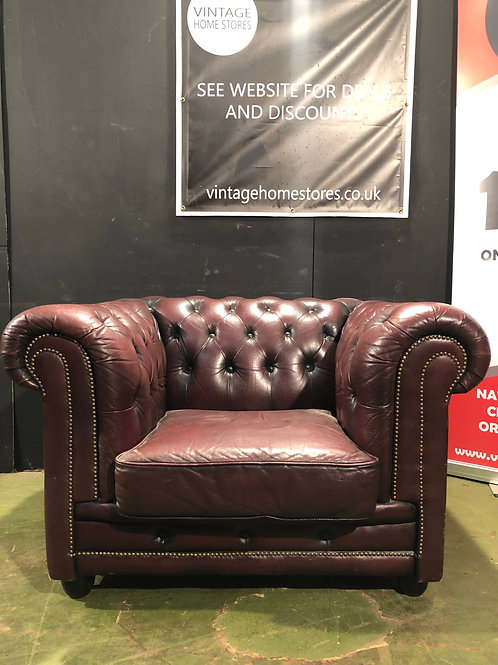 Vintage Style Oxblood Leather Chesterfield Tub Chair (b)