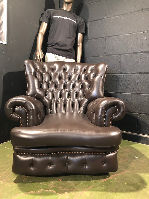 Brown Leather Chesterfield High Back Chair (a)