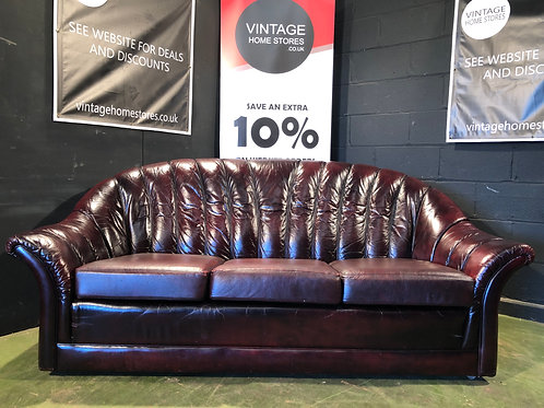 Vintage Retro Deco Style Leather Chesterfield Sofa in Oxblood