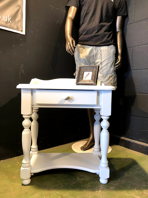 Country Farmhouse Small Lamp Table / Bedside