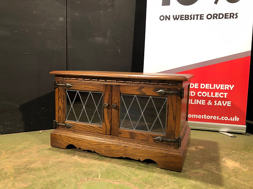 Old Charm TV Cabinet