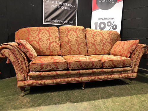 Barker and Stonehouse Balmoral Style 3 Seater Chic style Sofa