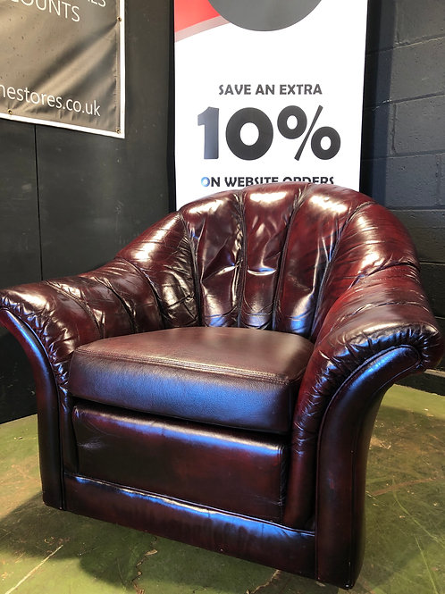Vintage Retro Deco Style Leather Chesterfield Armchair Chair in Oxblood (A)