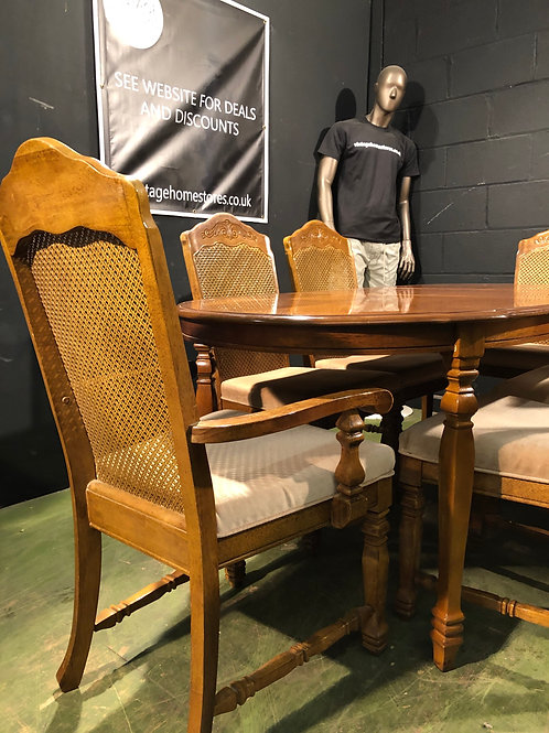 French Rococo Style Dining Table with 6 Bergere Back Chairs