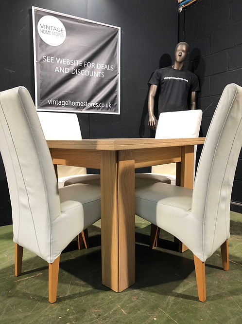 Super Flip Top Dining Table with 4 White Chairs