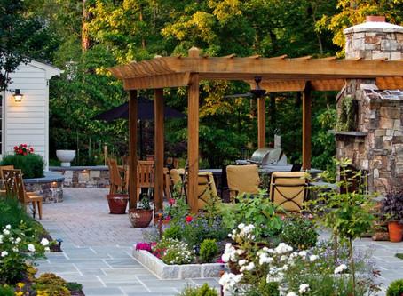 Design a Dream Outdoor Entertaining Space