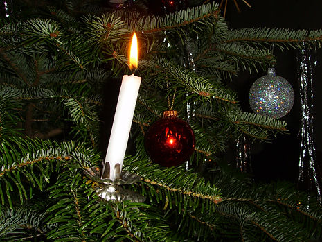 candle_holders_xmas.jpg