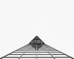 Square Pyramid (Catalogue)