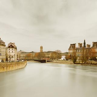 River Seine from Ponte de Sully, Paris, France, 2010