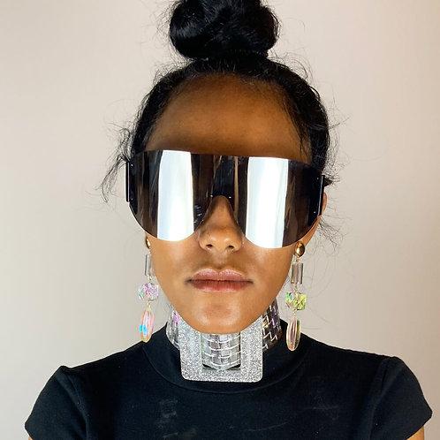 Model wearing Rimless Sun Visor Shades Sunglasses