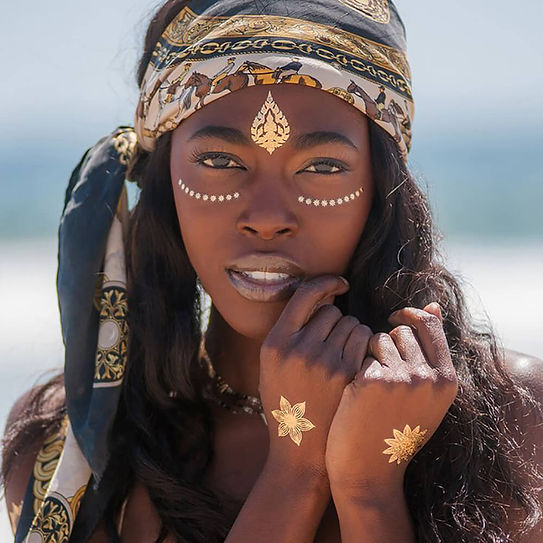 cat-walk-of-fame-tribal-african-jewelry-