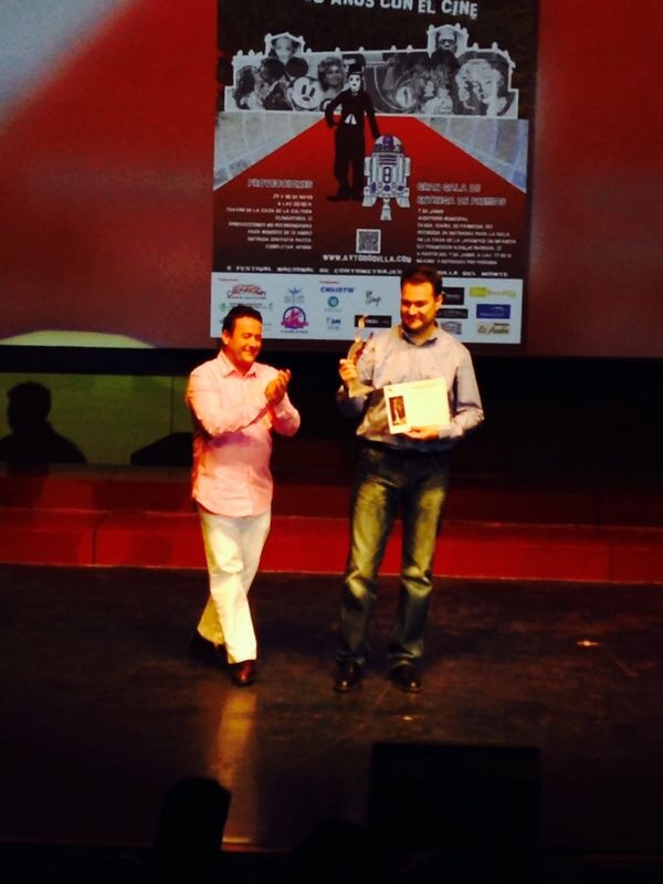 "Receiving a prize for ""Cuerdas"""
