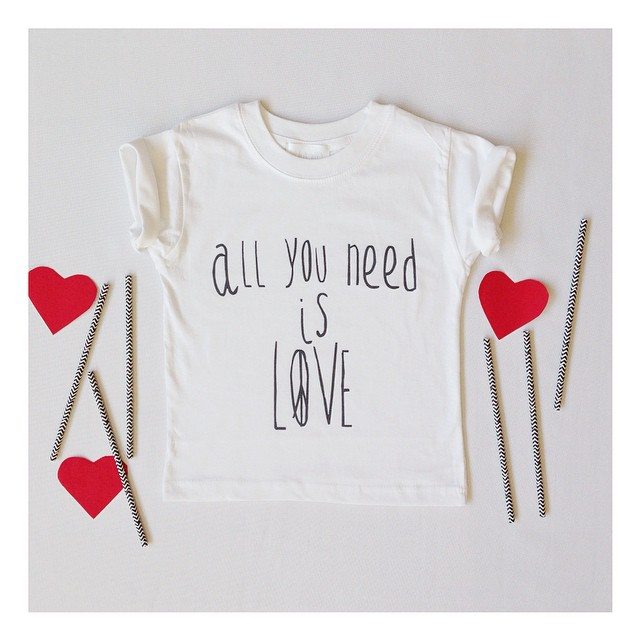 Instagram - ALL YOU NEED IS LOVE ❤️✌️ 🔴N E W🔴 #mediahora #mediahorakids #tshir