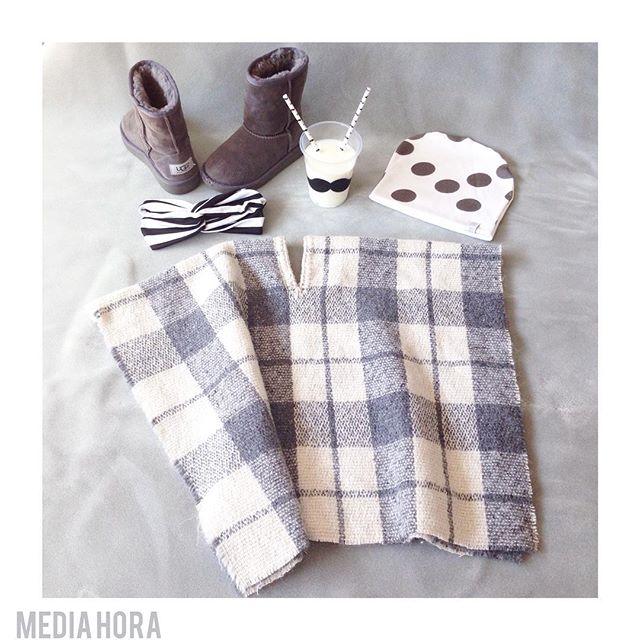 Instagram - L'ora della merenda✌️pensando al freddo⛄️⛄️⛄️ P O N C H O in lana co