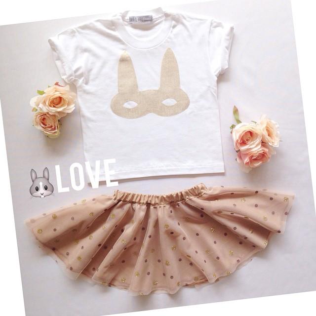 Instagram - Glitter bunnys 🐰🐰 #mediahora #mediahorakids #instakids #love #womo
