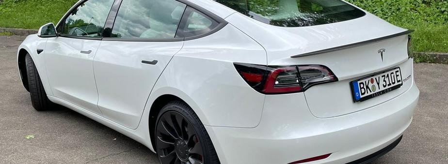 Tesla mieten Backnang (2).jpeg