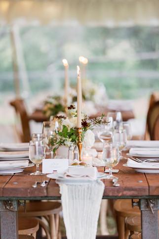 Elegant Summer Table Setting