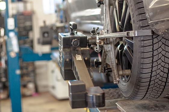 wheel alignment m&n services.jpg