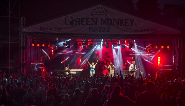 Abba tribute at Rock and Bowl Festival 4