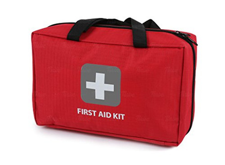 10 essential items to make a Chinese Medicine First Aid Kit for home and travel